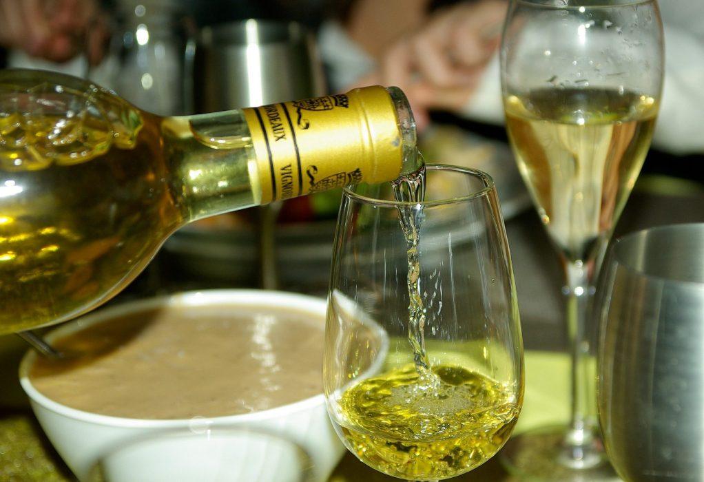 Bordeaux existe aussi en blanc