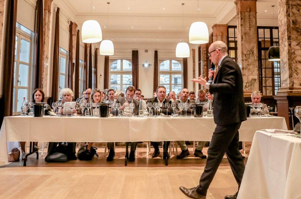 Classe de maitre sur le marché du vin en Belgique